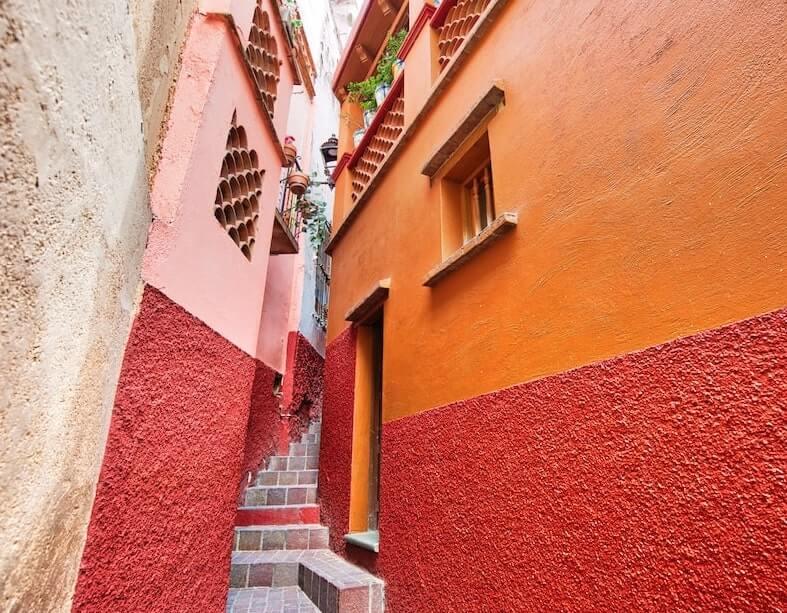 Escalones del callejon del beso en Guanajuato