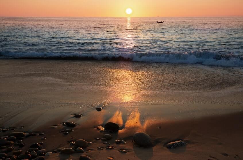 Atardecer en la playa de Zona Romantica Viejo Vallarta