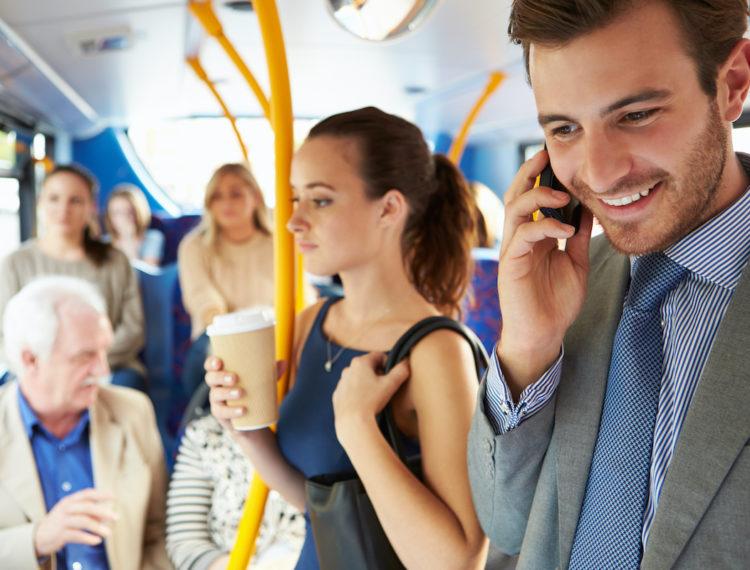 Mujeres en movimiento: Buscan perspectiva de género en la industria del transporte