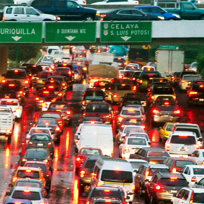 ¿Cómo resolver el tráfico y la congestión vial en Querétaro?