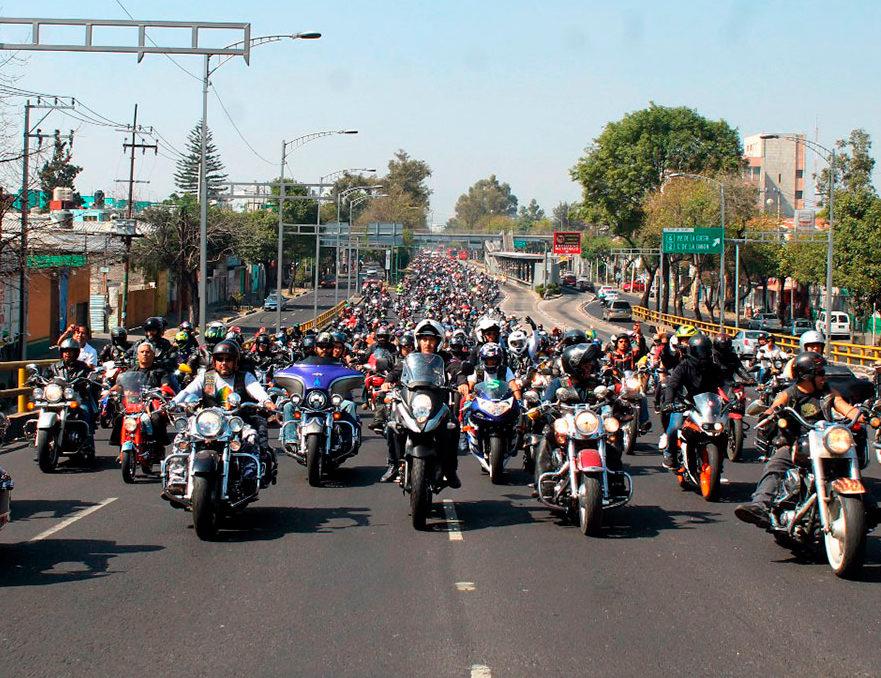 Nuevas licencias ante fuerte aumento de motocicletas en CDMX
